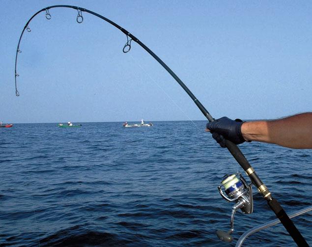 Le monticule rouge tsivilsky la région la pêche